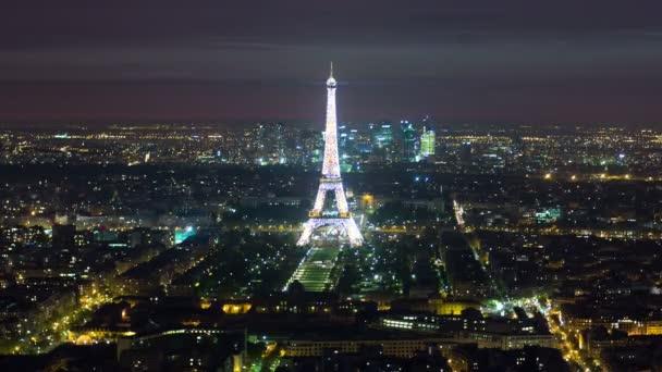Nézet a párizsi és az Eiffel-torony, a Montparnasse torony timelapse éjjel, Franciaország