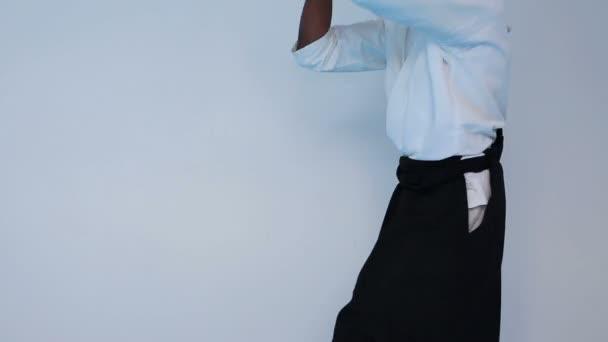 Harcművészeti mester a fekete hakamát gyakorlat harcművészetek fabot jo