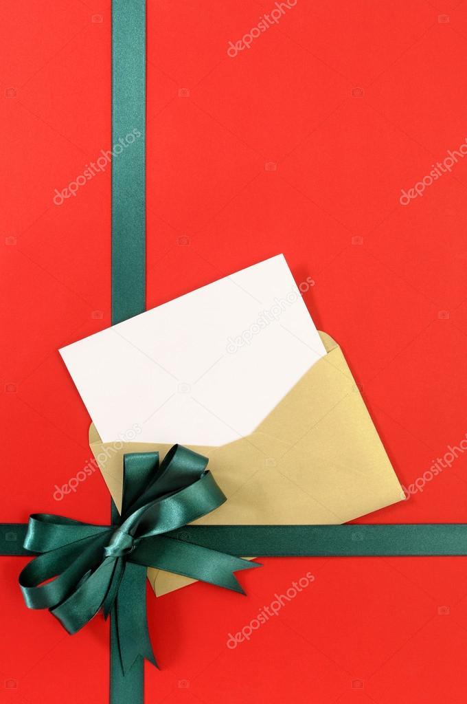 Öffnen Weihnachten oder Geburtstag Karte mit grün Geschenk ...