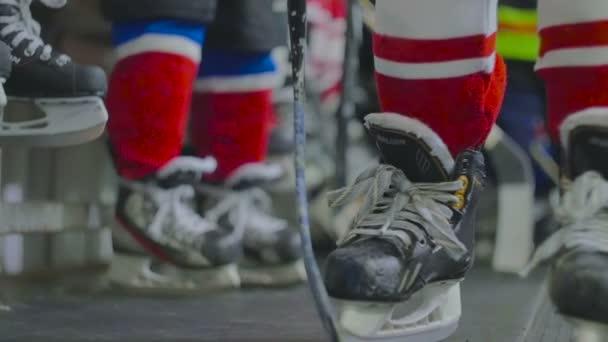 Mladí hokejisté připravit pro hru
