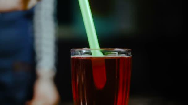 Přidat brčka na čaj bubliny pít