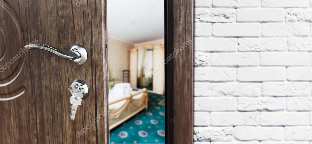 Half Open Door Of A Classic Bedroom Closeup Stockfoto © Milkos Custom How To Open A Bedroom Door