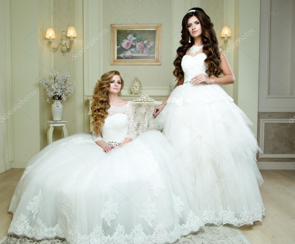 2dfb6e1d86c615 Красиві нареченої з весілля макіяж і зачіску, мода нареченої моделі  ювелірні вироби і красу жіночого обличчя, чудовий краси наречених, наречених  у люкс ...