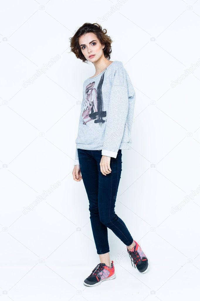 Жінка в повсякденний одяг — Стокове фото — білий © smmartynenko ... 530e219f4b2d7