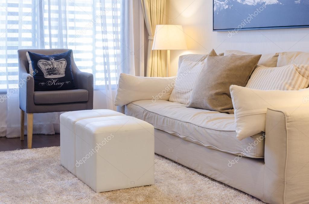 Sofa color tierra | salón comedor con sofá de color tonos tierra ...