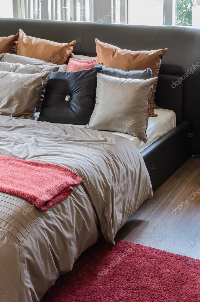 Braun Modernes Schlafzimmer Design Zu Hause U2014 Stockfoto