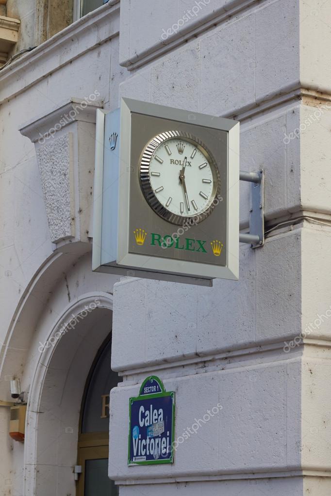 3764ce6e5eb2b6 Bucarest, Romania - 19 Desember, 2015: Juwelier Hilscher Rolex watch store  a Bucarest. Rolex è stata fondata nel 1909. Produce circa 2.000 orologi di  lusso ...
