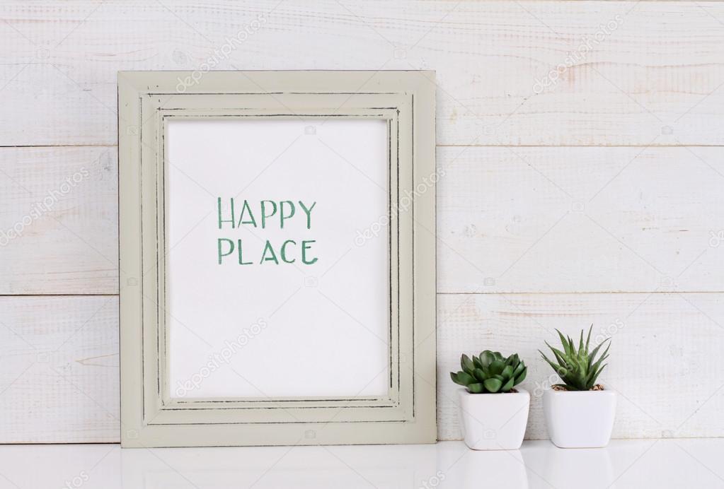 Heim und Familie und Glück Konzept. Glücklicher Platz Plakat im ...