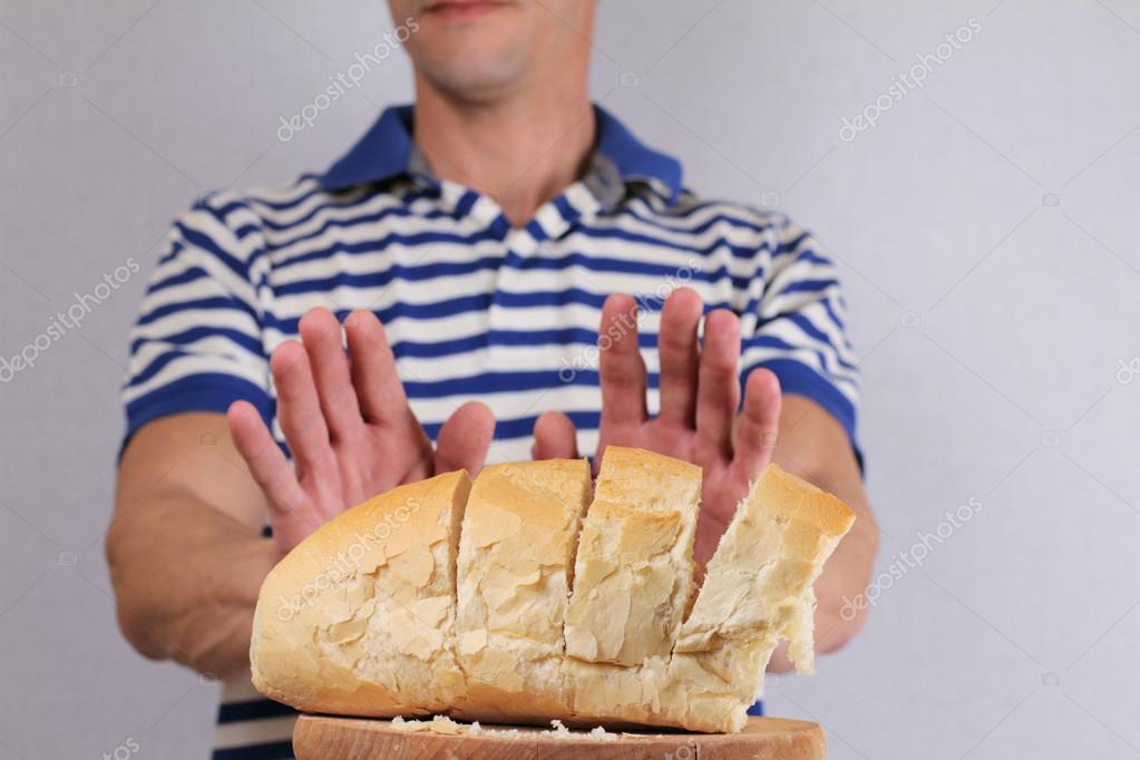 Se puede comer pan blanco en una dieta