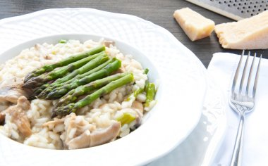 Risotto Giuseppe Verdi with asparagus mushrooms and ham