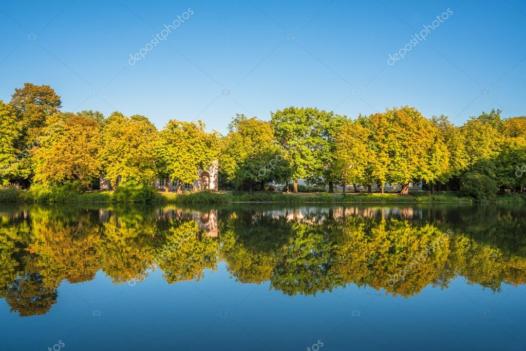 Lazienki Park Warschau Polen Stockfoto Rubinowadama 123062456