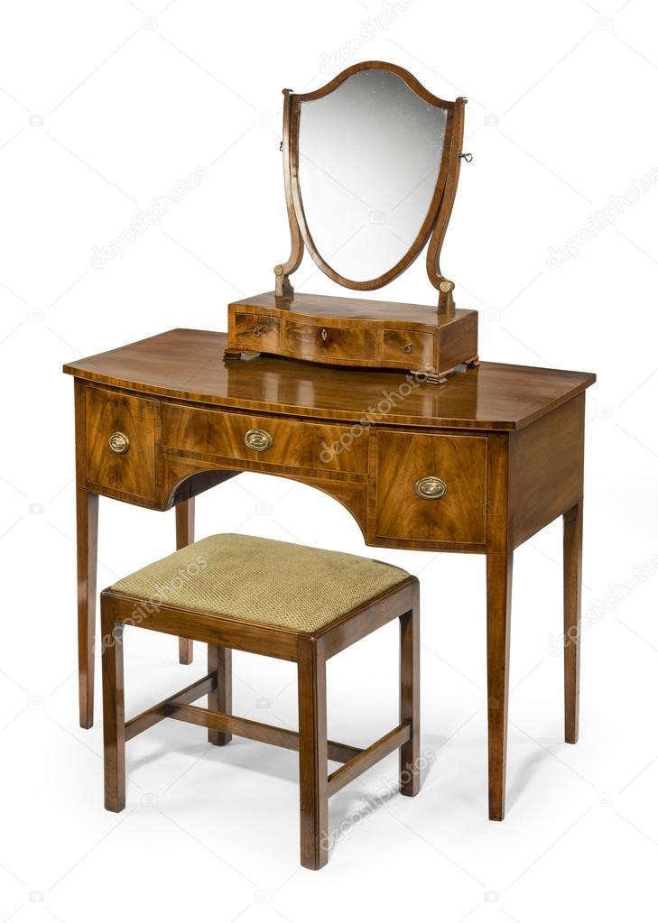 Oude Kaptafel Te Koop.Kaptafel Spiegel En Kruk Instellen Antieke En Vintage Stockfoto
