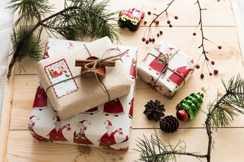 Украшение в подарок на новый год