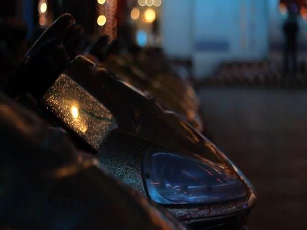 Prázdné nárazníku auta