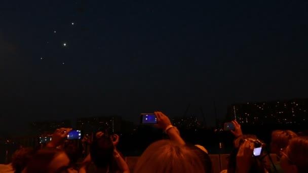 Ohňostroje v Moskvě-svět, smartphone.