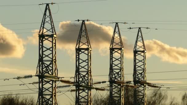Výkon Poláků na pozadí mraků