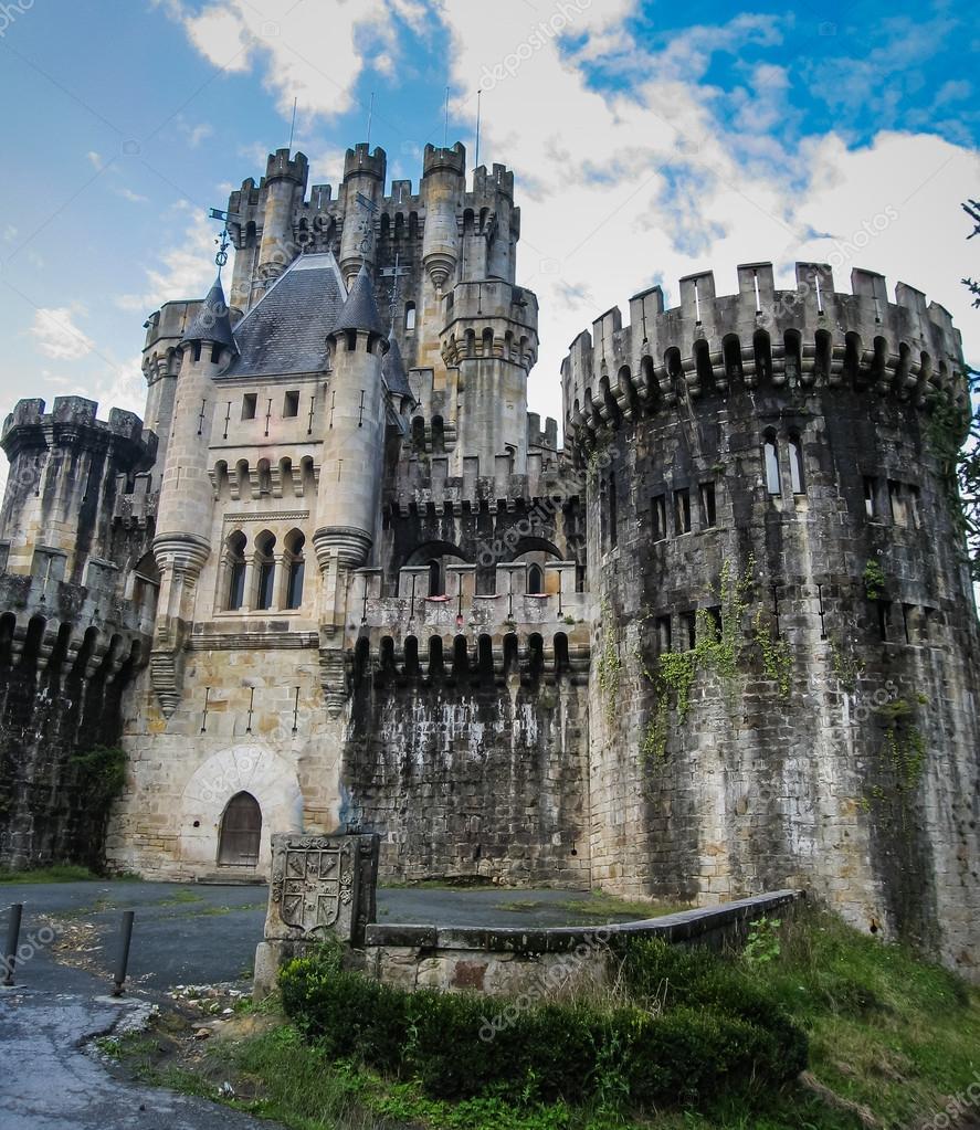 Vecchio medievale castello di butron foto stock for Piani di casa castello medievale