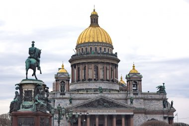 Saint Isaac's Cathedral and the Monument to Emperor Nicholas I