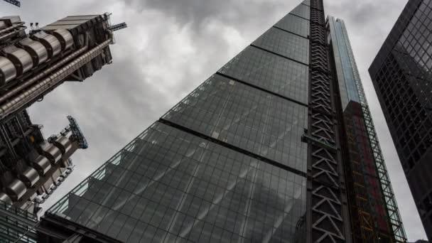 Londýn - 19 srpna 2015: Časová prodleva Leadenhall budovy, Londýn