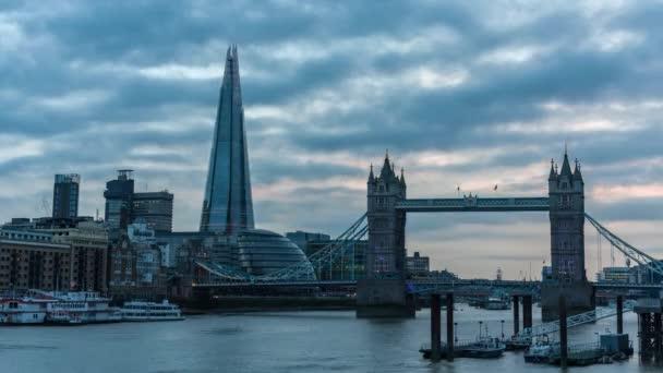London, Tower Bridge, střípek time-lapse