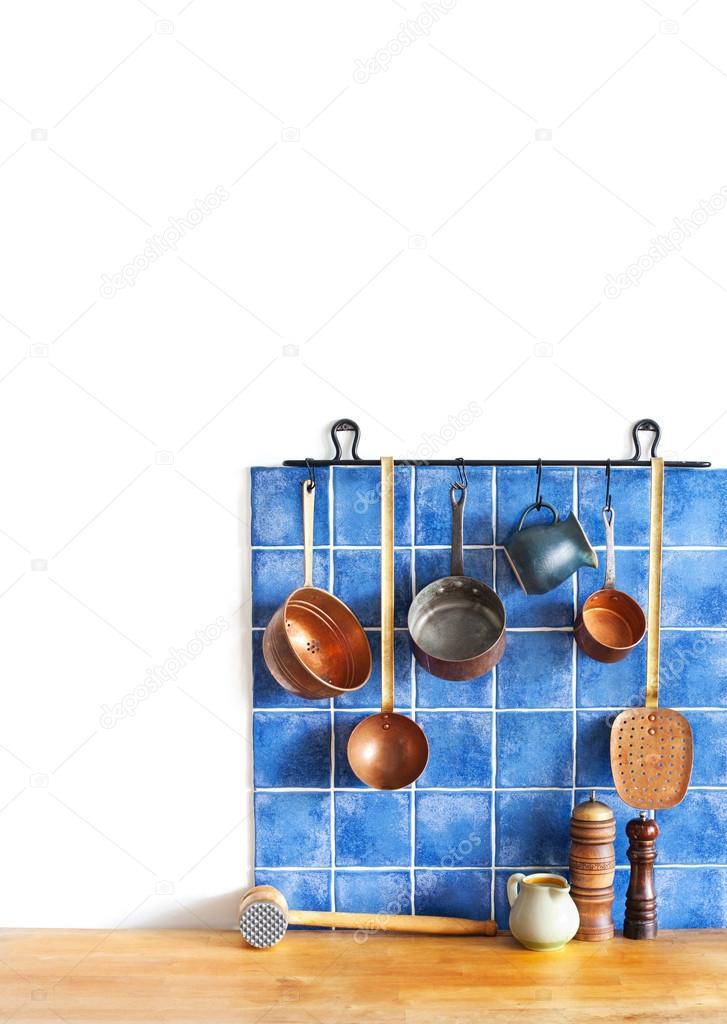 conjunto de utensilios de cocina de cobre. Cuchara, espumadera ...