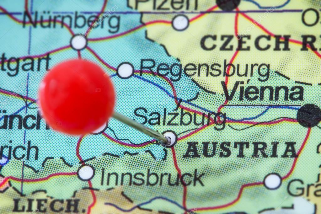 karta över salzburg PIN en karta över Salzburg — Stockfotografi © Tuomas_Lehtinen  karta över salzburg