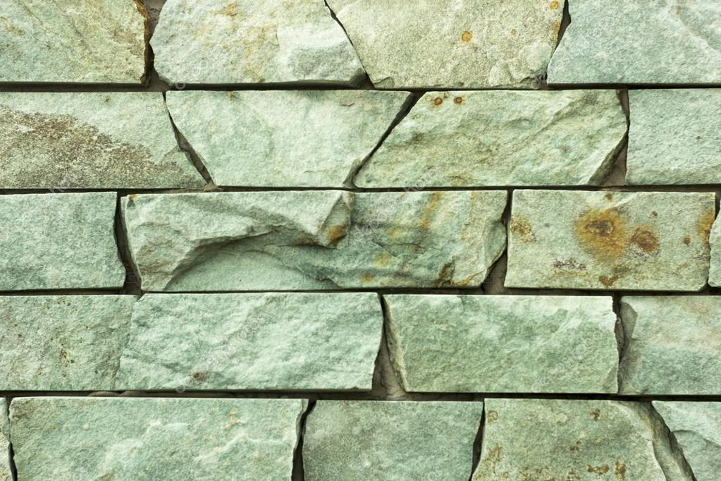 Pietra Verde Rivestimento : Rivestimento in pietra andesite verde drago con giallo u2014 foto stock