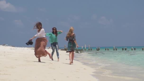 Ženy se štěstím-plovoucí