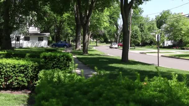 Általános külvárosi házak és utcák jelenetek