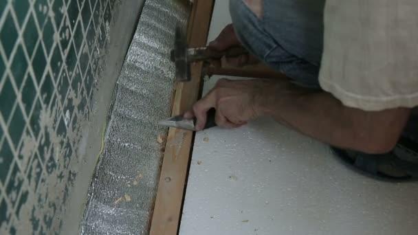 Tesař, opravu podlahy