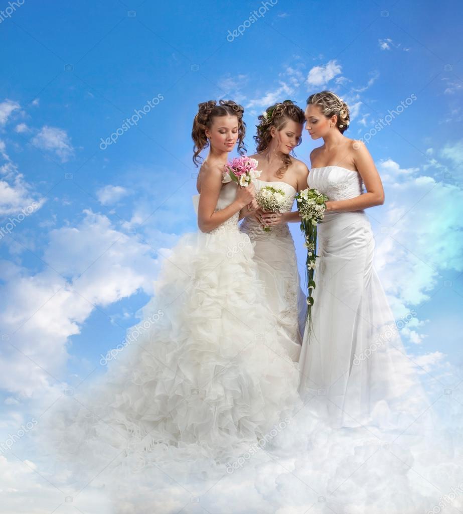 Трое с невестой, видеоролики необычное порно русских