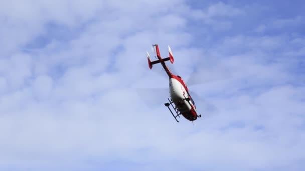 Rettungsmission mit Hubschrauber in die bayerischen Berge