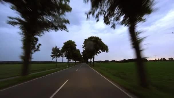 POV az autó vezetés - rossz időjárás