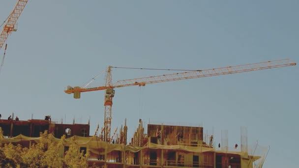 průmyslové stavební jeřáby
