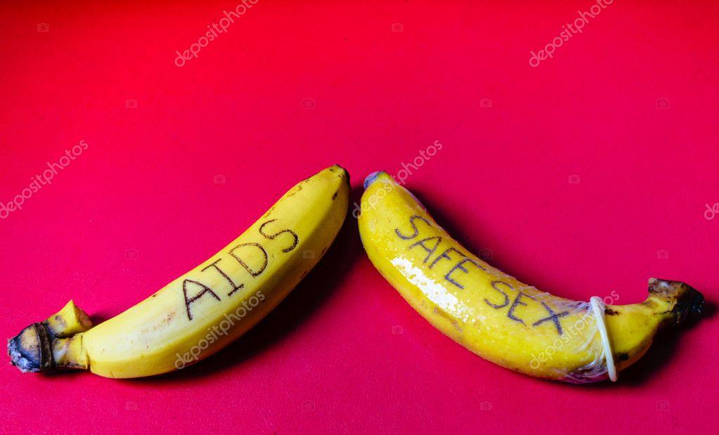 Ha letelt az idő, vegyük ki a banánt, ha változatlanul barna, egy hajszárító segítségével – ne forró, hanem meleg levegővel – szárítsuk ki.