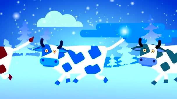 Weiße Kühe mit farbigen Flecken gehen im Schnee vor dem Hintergrund eines weißen Waldes mit Schneefall. Looping-Animation gezeichneter Haustiere mit Körper- und Augenbewegungen.