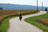 Radfahrer bei Andechs am Ammersee