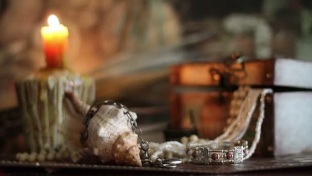 Tesoro dei pirati a lume di candela