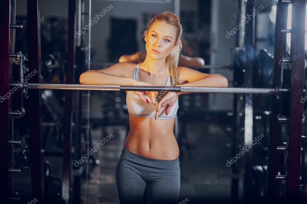 Flickor gym dusch