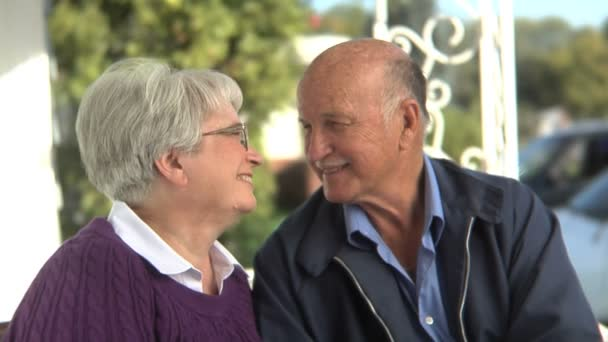 Старые пары в постели видео фото 125-101