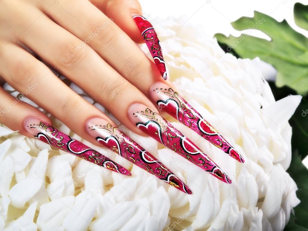 Rotes Design auf Nägeln — Stockfoto © berezandr #67526667