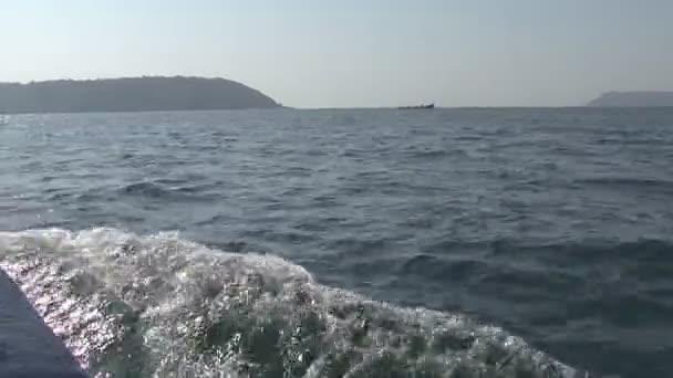 A hajó a tengeren. India Goa.