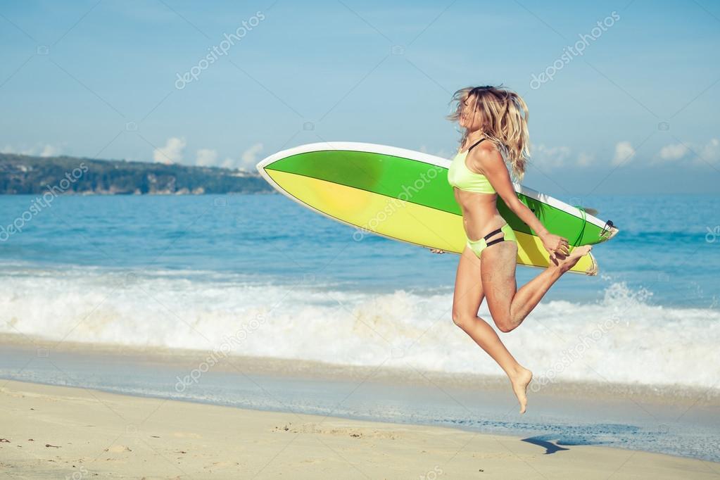 Часные фото женщин на пляже