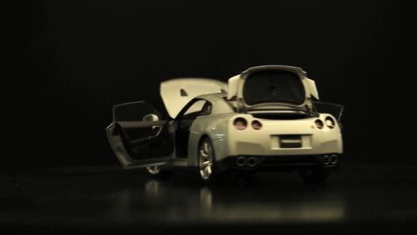 Prezentace vozu s otevřenou částí