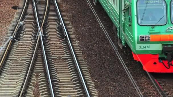 Železnice a zelené vlak