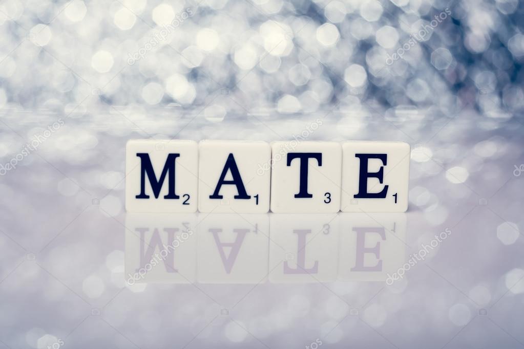 Parola di piastrelle con lettere scritta mate u foto stock