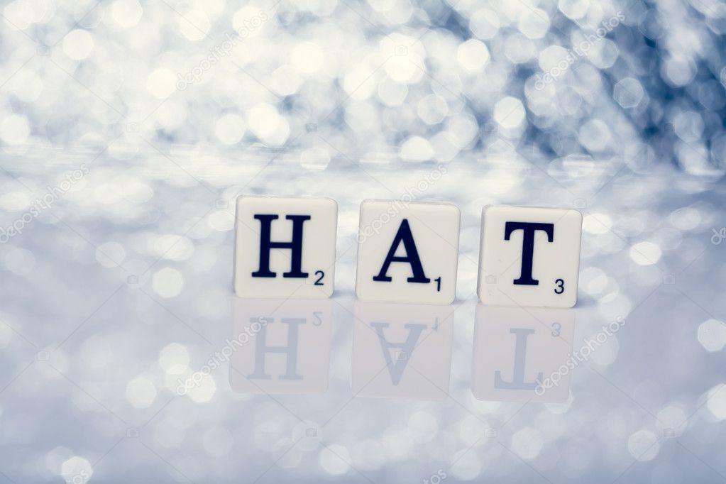 Scritta di piastrelle con lettere cappello u2014 foto stock