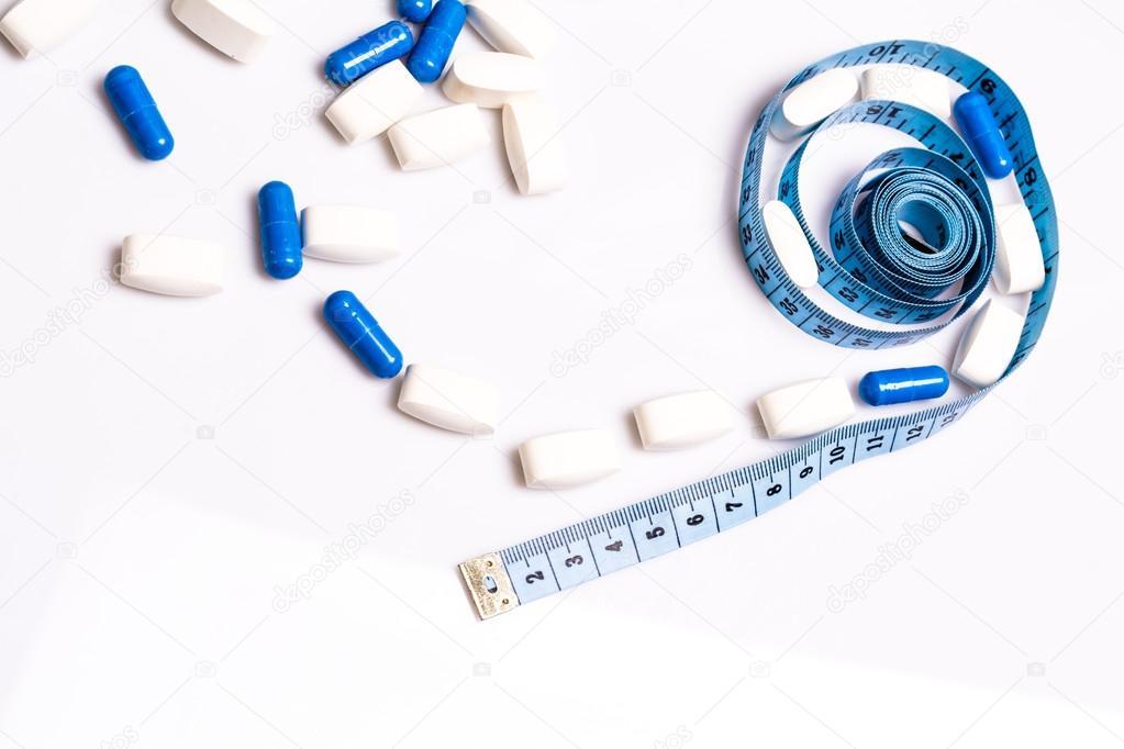 Pilules médicales et centimètre, pour poids perte ou