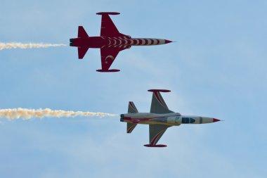 Jet fighter NF-5