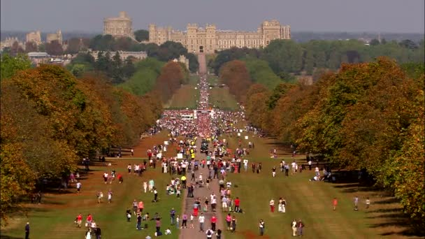 WINDSOR, UK, 27TH SEPTEMBER 2009: Beautiful shot of the Windsor Half Marathon